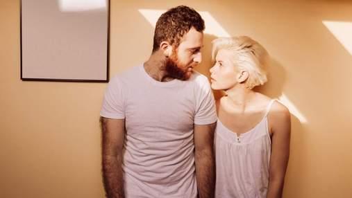 8 ознак, що стосунки переживають кризу, яку подружжя намагається приховати