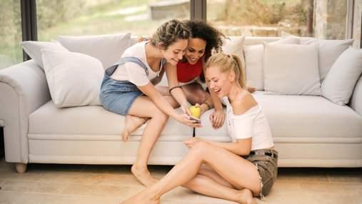 Сімейні мелодрами: дівчина показала фото щасливої мами з бойфрендом і випадково знайшла сестру
