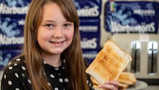 Дівчинка 8 років їла тільки підсмажений хліб: як тепер виглядає школярка