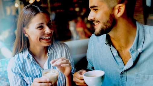 Первое свидание: какие признаки указывают на то, что партнер обманывает