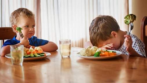 Портит здоровье и лишает аппетита: чего нельзя делать, кормя ребенка