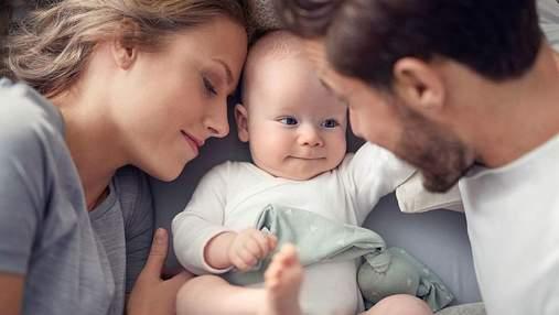 Наскільки складно в Україні бути матір'ю: результати опитування