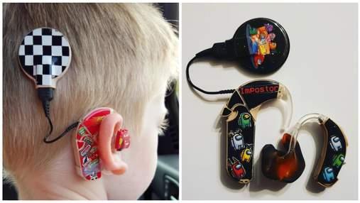 Винахідлива жінка змусила почуватись крутими дітей, які носять слухові апарати