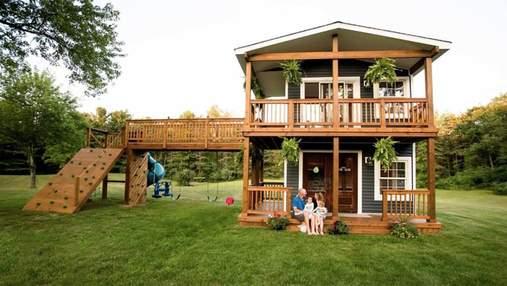 Батько самостійно побудував ігровий будинок для доньок: фото вражаючої споруди