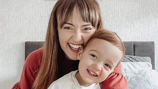 Как успокоить малыша за 1 секунду: британская мамочка продемонстрировала блестящий трюк